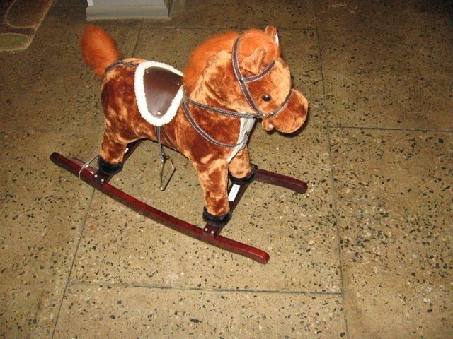 Zirgs. Šūpuļkrēsls